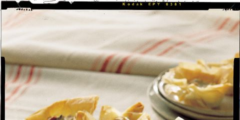 Cuisine, Food, Tableware, Dishware, Dish, Recipe, Serveware, Plate, Ingredient, Finger food,