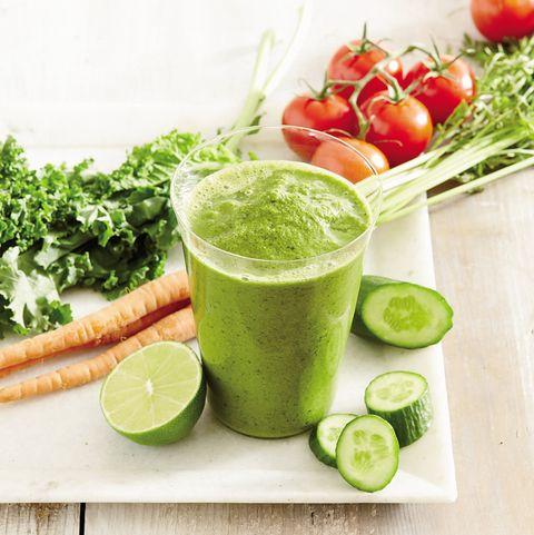 Green, Ingredient, Produce, Drink, Lemon, Citrus, Food, Fruit, Juice, Tableware,
