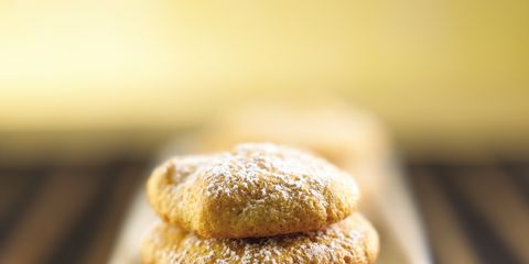 Finger food, Food, Cuisine, Ingredient, Biscuit, Cookies and crackers, Baked goods, Dish, Dessert, Cookie,