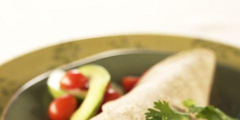 Food, Cuisine, Serveware, Dishware, Ingredient, Tableware, Korean taco, Produce, Corn tortilla, Dish,