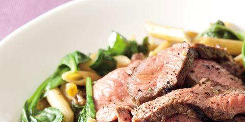 Food, Ingredient, Cuisine, Beef, Leaf vegetable, Produce, Dishware, Recipe, Dish, Roast beef,