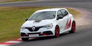 Renault Megane R.S. Trophy-R récord en Suzuka