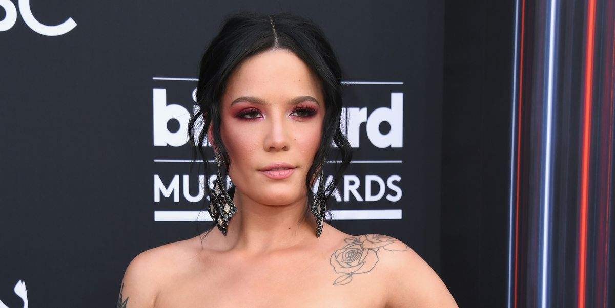 Halsey Responded To Haters Who Criticized Her Natural