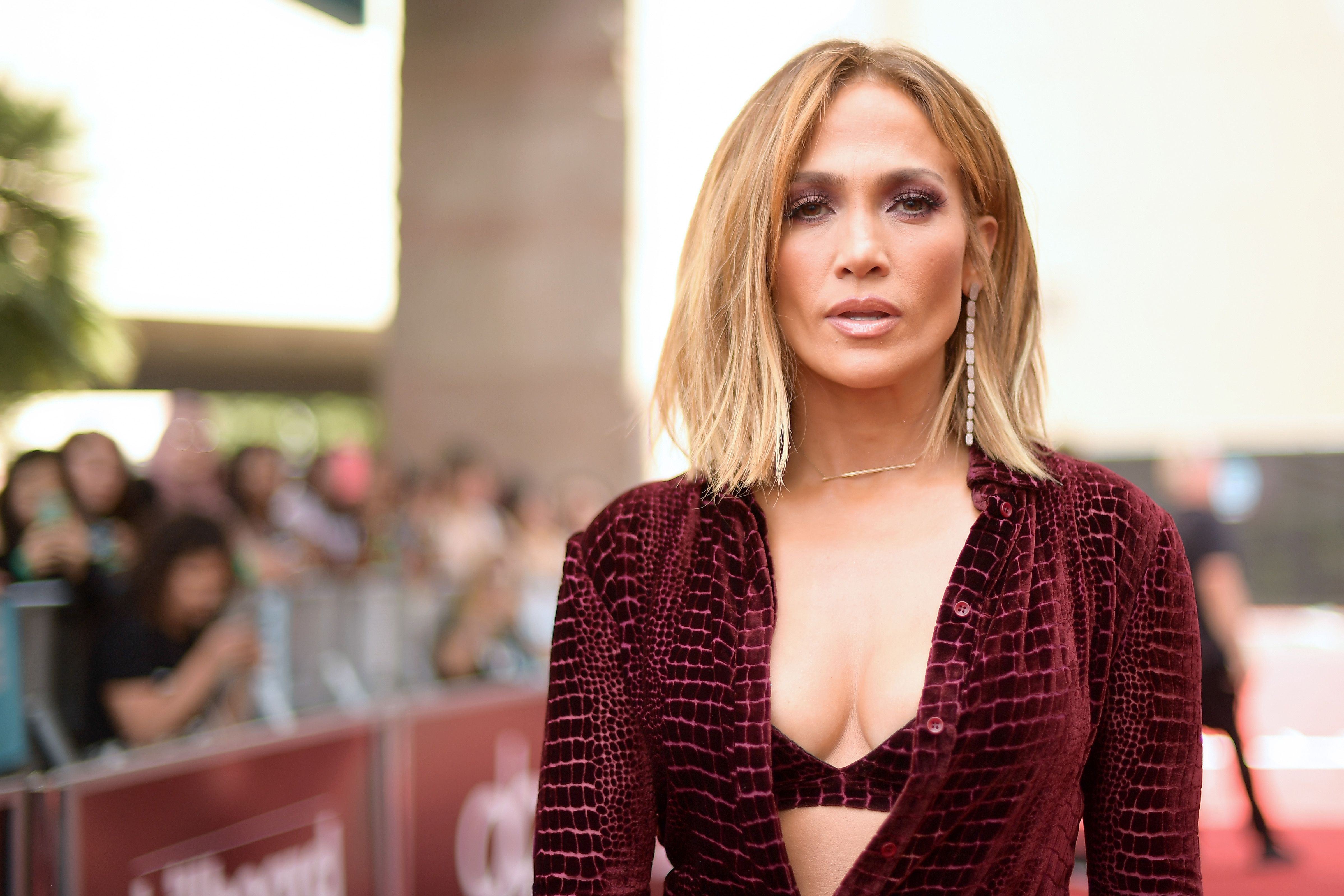10 Celebrities Who Swear By Intermittent Fasting - What Is