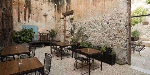 De Casa Colonial a restaurante