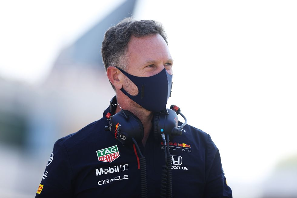 Christian Horner responde a Lewis Hamilton y su crítica a Max Verstappen