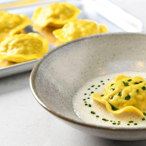 Dish, Food, Cuisine, Ingredient, Tortelloni, Produce, Comfort food, Casoncelli, Tortellini, Wonton,