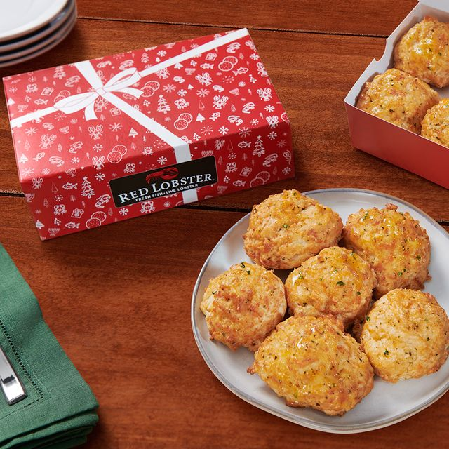 red lobster cheddar bay biscuits holiday gift box