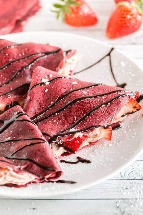 Food, Dish, Cuisine, Ingredient, Beef, Carpaccio, Salt-cured meat, Meat, Recipe, Red meat,