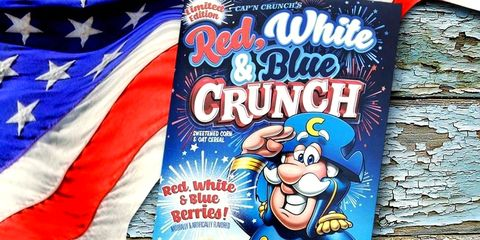Christmas Crunch Cereal.Cap N Crunch S Patriotic New Cereal Will Have You Singing The National Anthem
