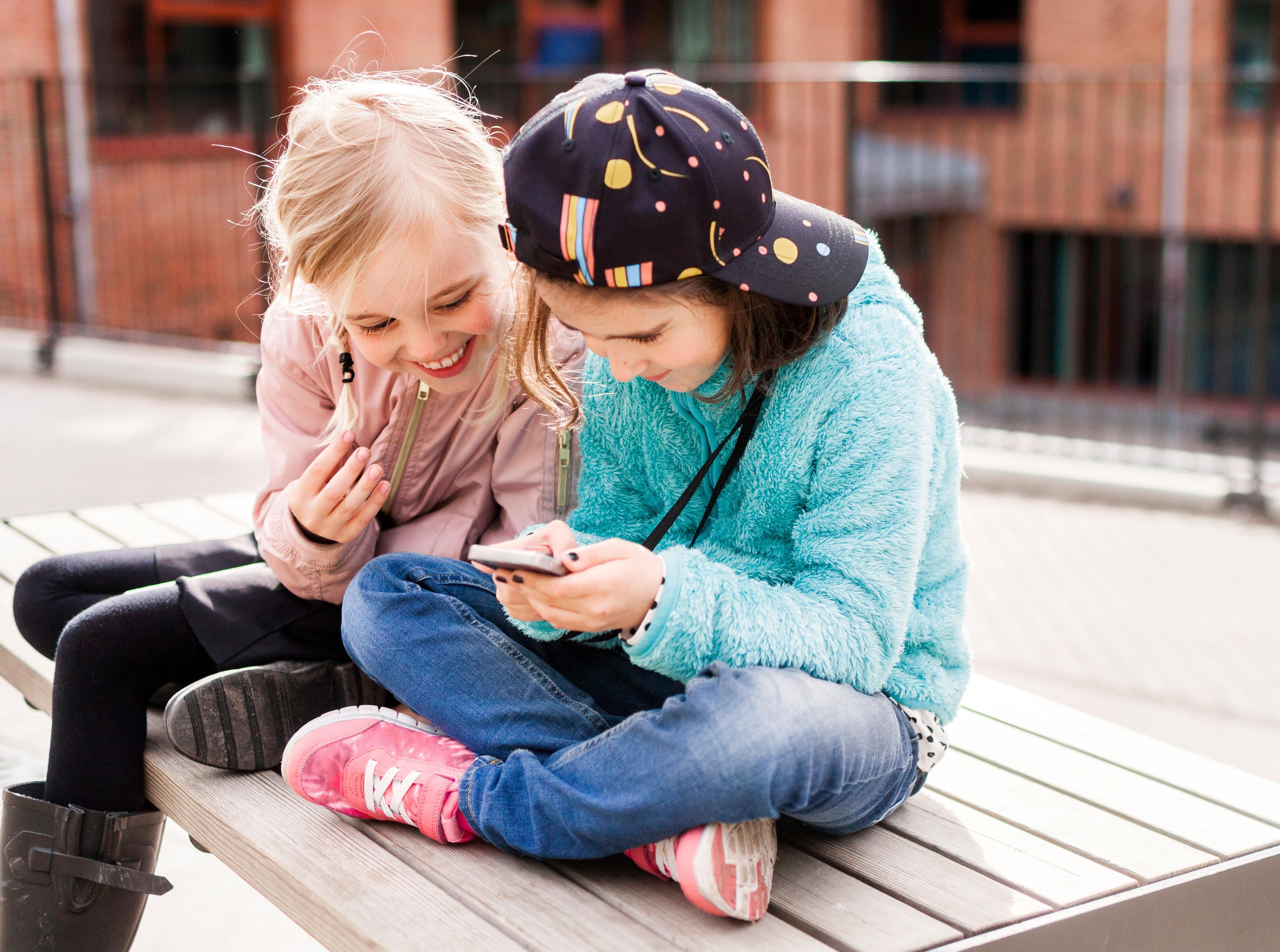 Infancia y redes sociales: los peligros de la adicción