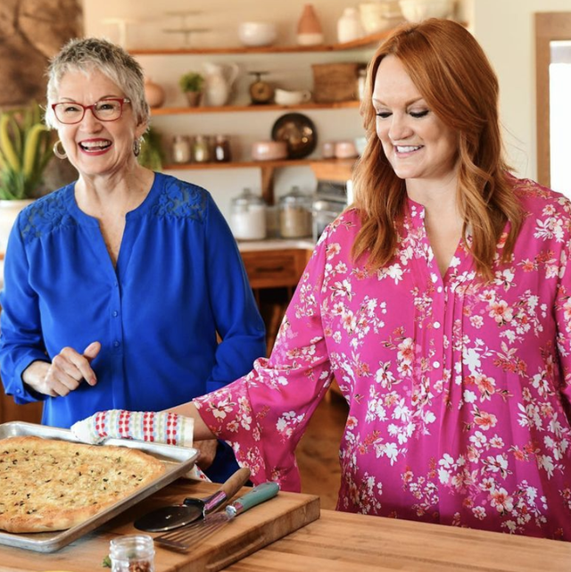 ree drummond with her mom gerre