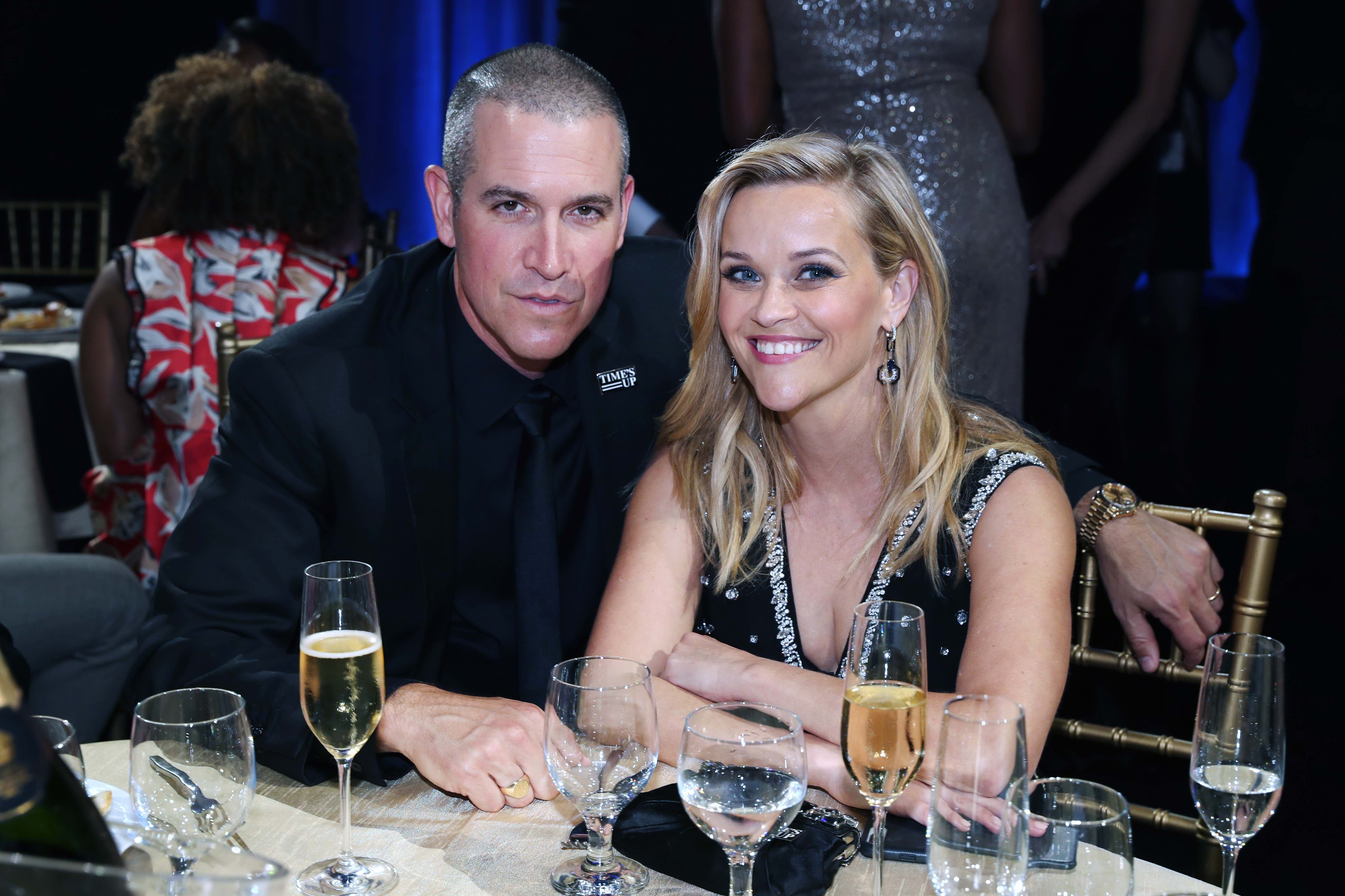 Reese Witherspoon Witherspoon is married to Hollywood agent Jim Toth.