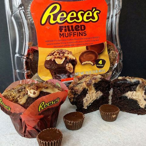 Chocolate brownie, Food, Chocolate, Muffin, Peanut butter cup, Cuisine, Snack, Snack cake, Dessert, Baked goods,