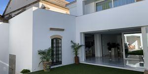 Reforma integral de una casa centenaria en Estepa