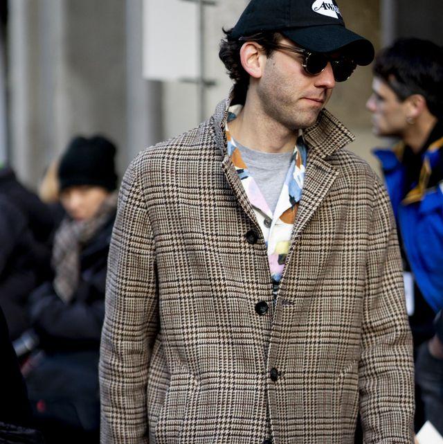 Plaid, Street fashion, Clothing, Fashion, Tartan, Pattern, Outerwear, Jacket, Fur, Design,