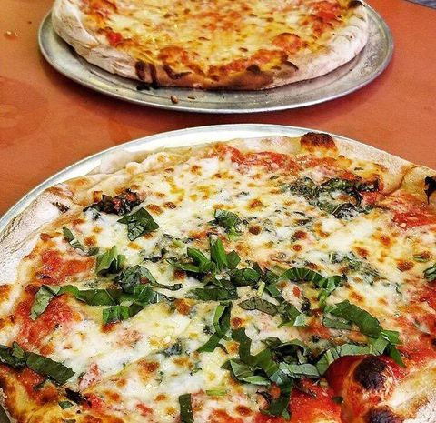 Dish, Food, Pizza, Cuisine, Pizza cheese, California-style pizza, Ingredient, Flatbread, Italian food, Comfort food,