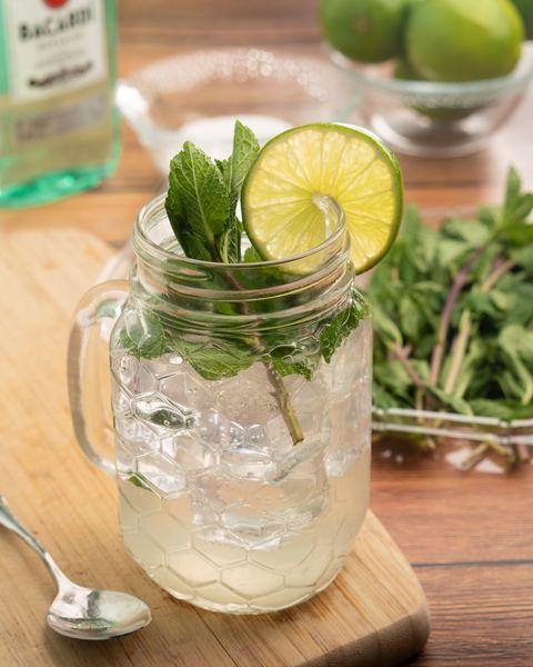 Mojito, Lemonade, Drink, Lime, Food, Limeade, Key lime, Mint julep, Herb, Ingredient,