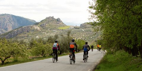 10 Cycling Tours to Add to Your Bucket List