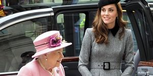 Reina Isabel II y Kate Middleton