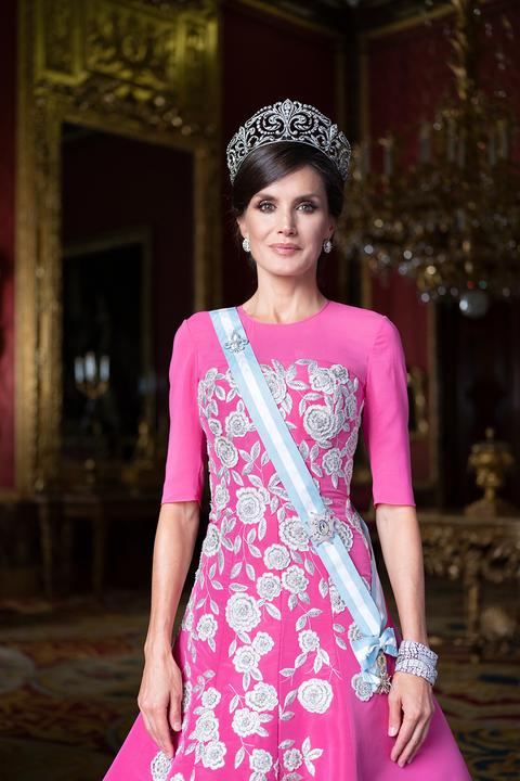 Posado oficial de gala de la reina Letizia 2020