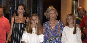 Doña Sofía, Infanta Sofía, Leonor, Reina Letizia, Reyes de España, Princesa Leonor, Palma de mallorca, Letizia Palma, Letizia looks, Letizia y Sofía rifirrafe