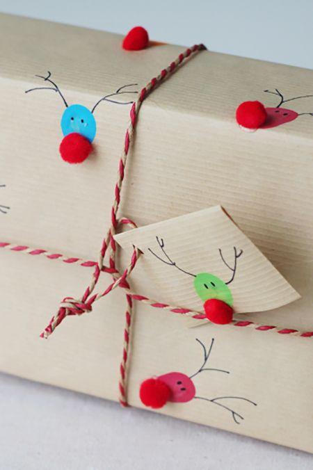 reindeer print gift wrap idea