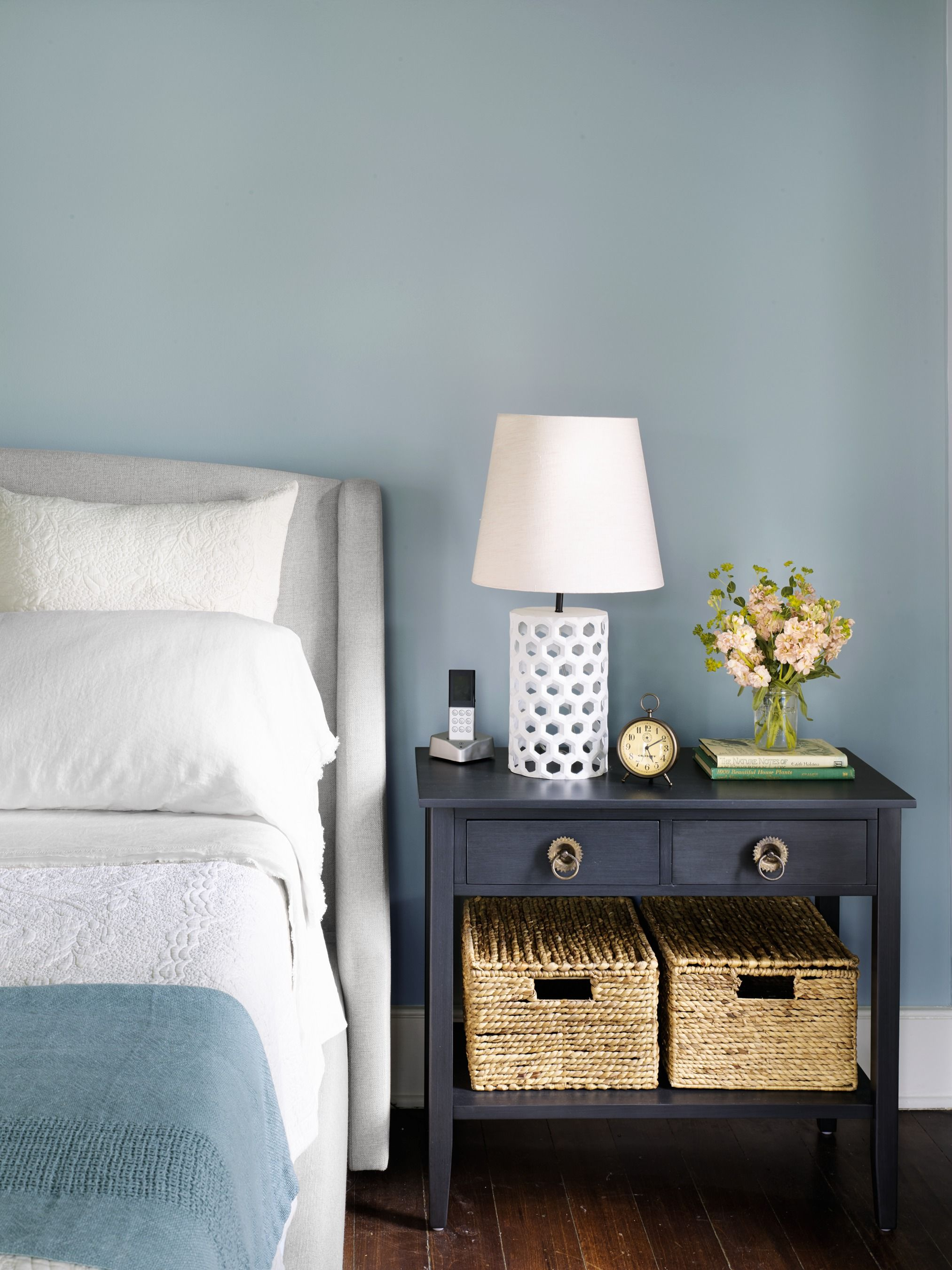 Image of: 20 Guest Room Ideas Small Guest Bedroom Decor