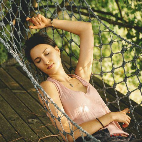 how to fall asleep in the heat - women's health uk