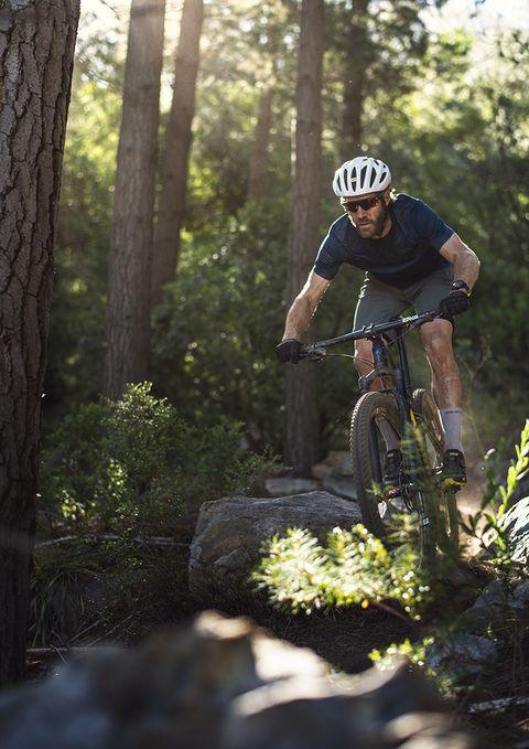 Suunto 7 es un reloj inteligente y deportivo, capaz de soportar condiciones extremas.