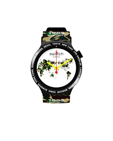 Reloj modelo Bape The World de Swatch x BAPE (135 euros)