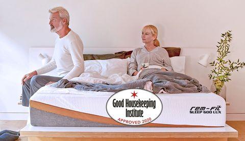Bed, Furniture, Comfort, Mattress, Mattress pad, Room, Bedding, Linens, Sitting, Textile,