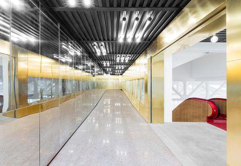 Interior design, Floor, Architecture, Ceiling, Wall, Flooring, Glass, Fixture, Space, Transparent material,