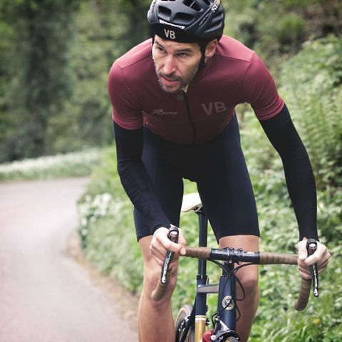 Cycling, Bicycle helmet, Sports, Cycle sport, Cycling shorts, Bicycle clothing, Endurance sports, Road cycling, Bicycle, Helmet,