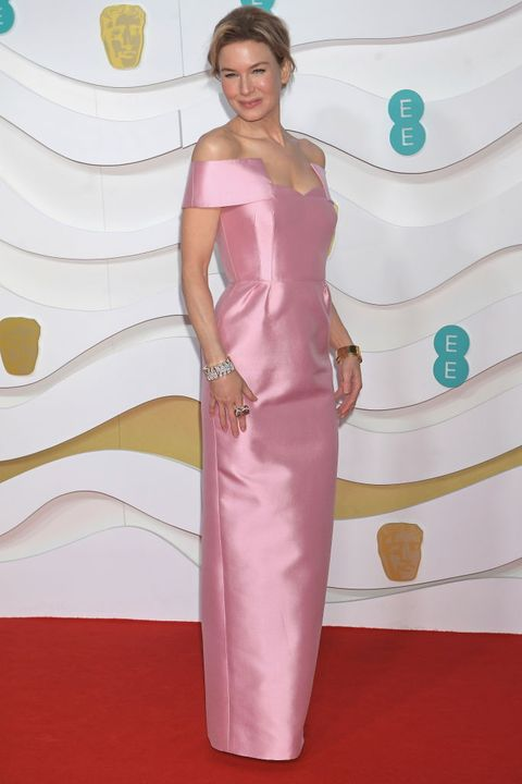 Clothing, Carpet, Dress, Red carpet, Shoulder, Flooring, Pink, Hairstyle, Satin, Gown,