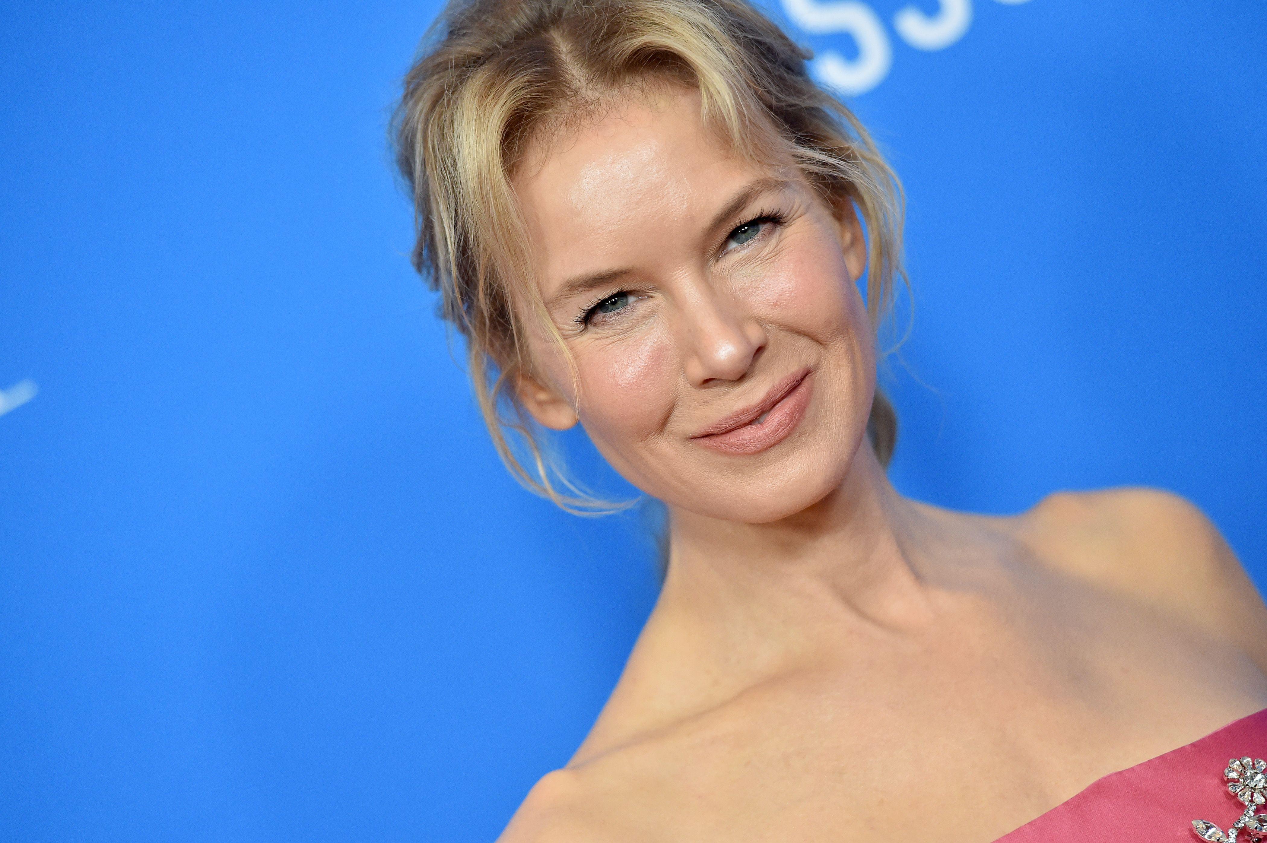 Renée Zellweger recalls overhearing strangers say she was 'stupid'