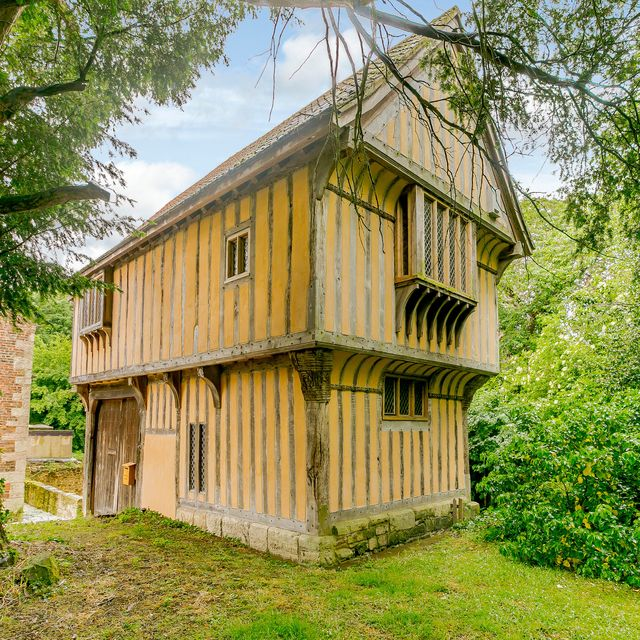 rent this charming tudor property in north yorkshire