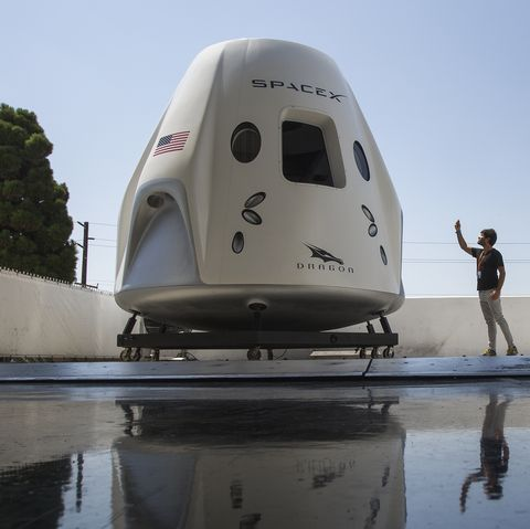 Spacex Prepares For First Manned Spaceflight With NASA Astronauts