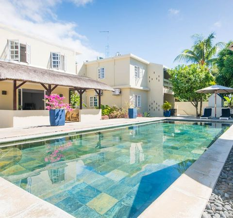 Swimming pool, Property, Real estate, Tile, Resort, Residential area, Azure, Aqua, House, Turquoise,