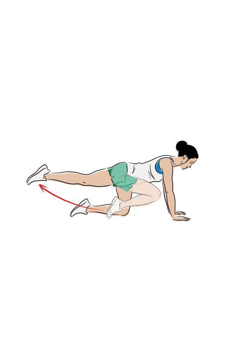 glúteos ejercicio patada hacia atrás con banda de resistencia