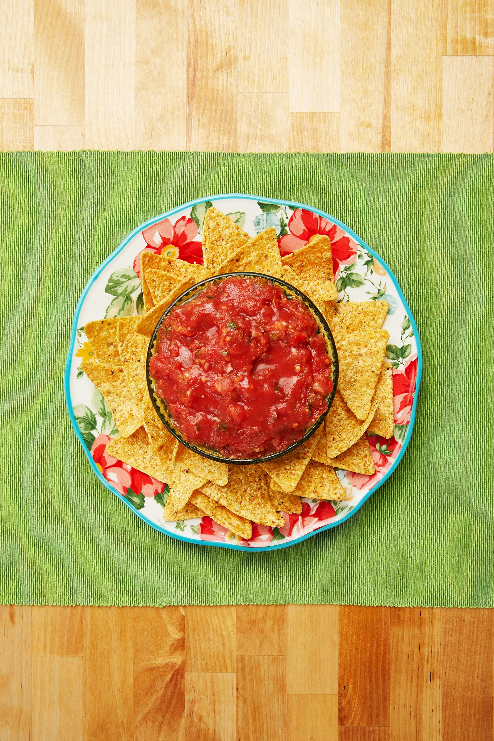 Homemade Salsa Recipe Pioneer Woman Restaurant Salsa