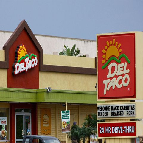 restaurants open on christmas day del taco