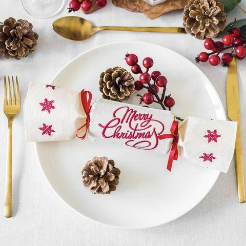 reusable crackers merry christmas design