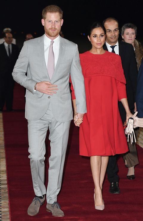 Suit, Clothing, Red carpet, Fashion, Event, Formal wear, Carpet, Dress, Flooring, Premiere,