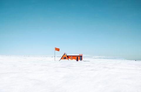Blue, Slope, Winter, Atmosphere, Ecoregion, Azure, Sign, Geological phenomenon, Signage, Snow,