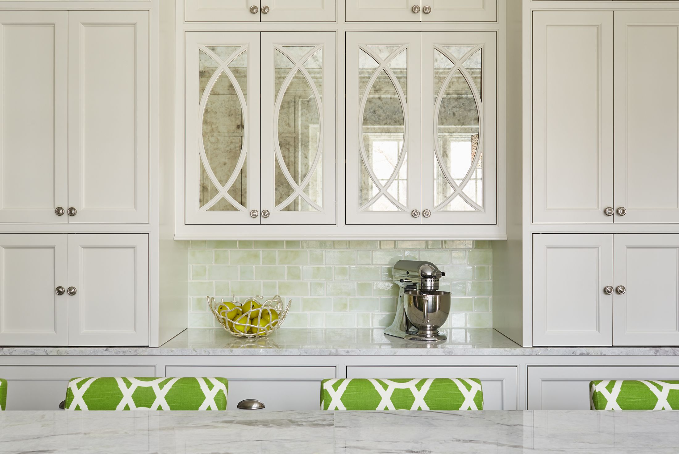 50 White Kitchen Cabinet Ideas How To Use White Cabinets In Kitchens