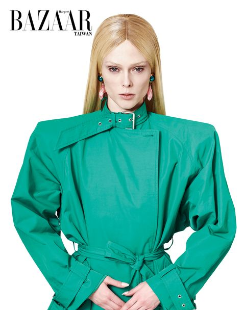 Clothing, Green, Sleeve, Collar, Turquoise, Outerwear, Neck, Fashion, Blouse, Jacket,
