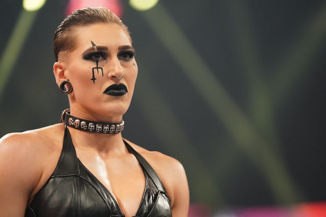 rhea ripley at wwe hell in a cell