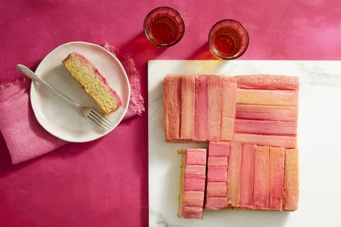 rhubarb and almond upside-down cake