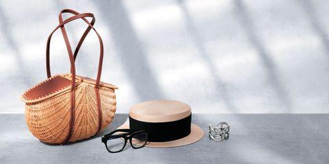 デイジーリンのバッグ、帽子、眼鏡、ブレスレット